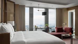 意大利 Frette 床單、高級寢具、迷你吧、房內夾萬