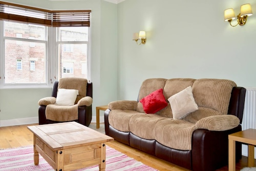 City Centre Flat Near Dean Village
