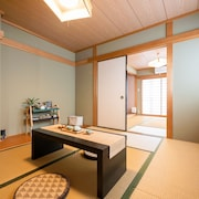 3 Minutes Walk From the Station 8 Minutes Directly From Namba 5 Ldk2 Toilet 2 Bathrooms 3 Stories 100 sqm Luxury Guesthouse