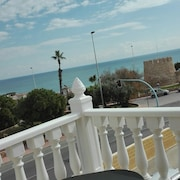 Huge Semi-detached Villa With a Nice Seaview. Ideal for a big or 2 Families