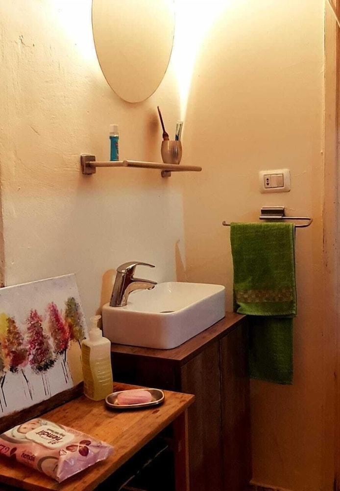 Bathroom, An Authentic Cozy Place Surrounded by Nature