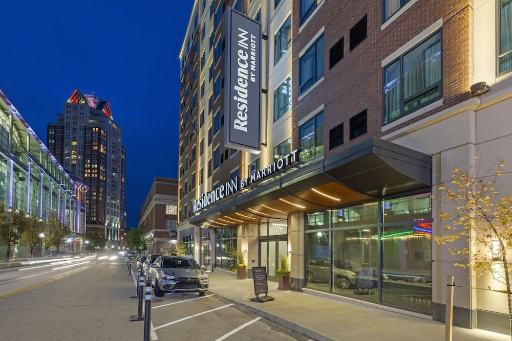 Front of Property - Evening/Night, Residence Inn Providence Downtown