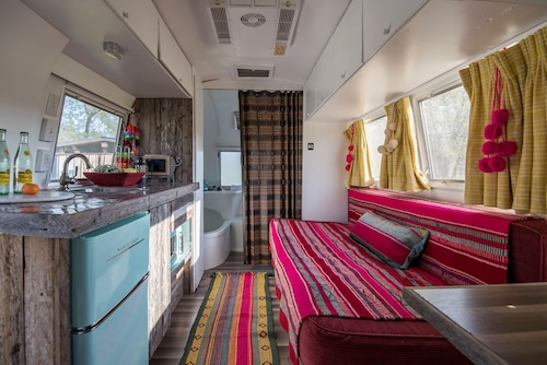 Glamping IN 1966 Airstream