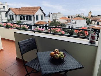 Apartment With one Bedroom in Funchal, With Wonderful City View, Furnished Terrace and Wifi - 7 km From the Beach