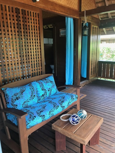Living Room, Craig's Villa - A Beautiful Teak Wood House and Pool