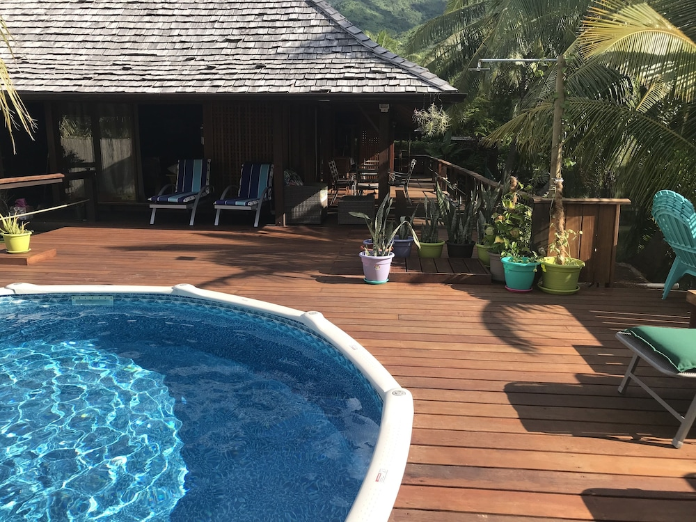 Terrace/Patio, Craig's Villa - A Beautiful Teak Wood House and Pool