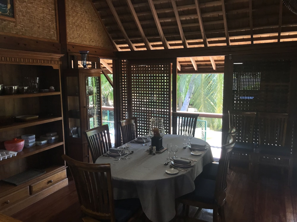 Private Kitchen, Craig's Villa - A Beautiful Teak Wood House and Pool