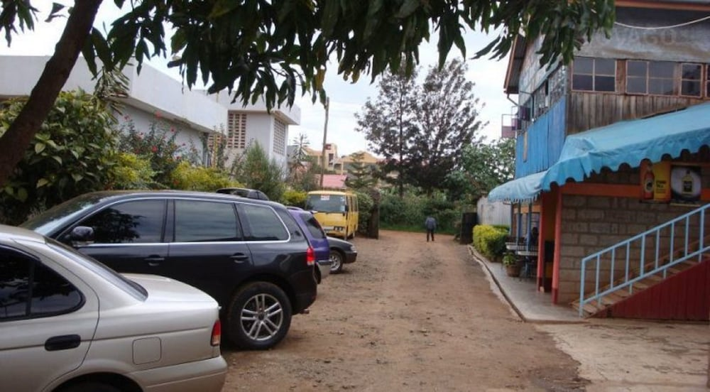 Parking, Ivory Resort Hotel