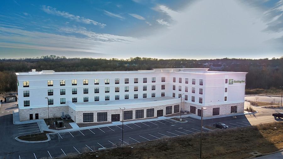 Holiday Inn Kansas City - Northeast, an IHG Hotel