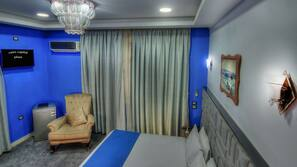 Blackout curtains, soundproofing, free WiFi, bed sheets