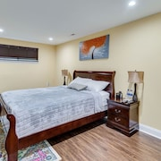 Escape to our Cozy 2 Bed Rm Unit in Alexandria, VA