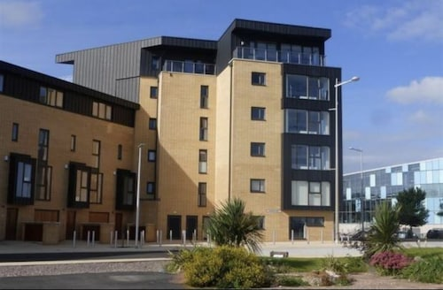 Cardiffbay Waterfront Luxury Top Floor Apartment