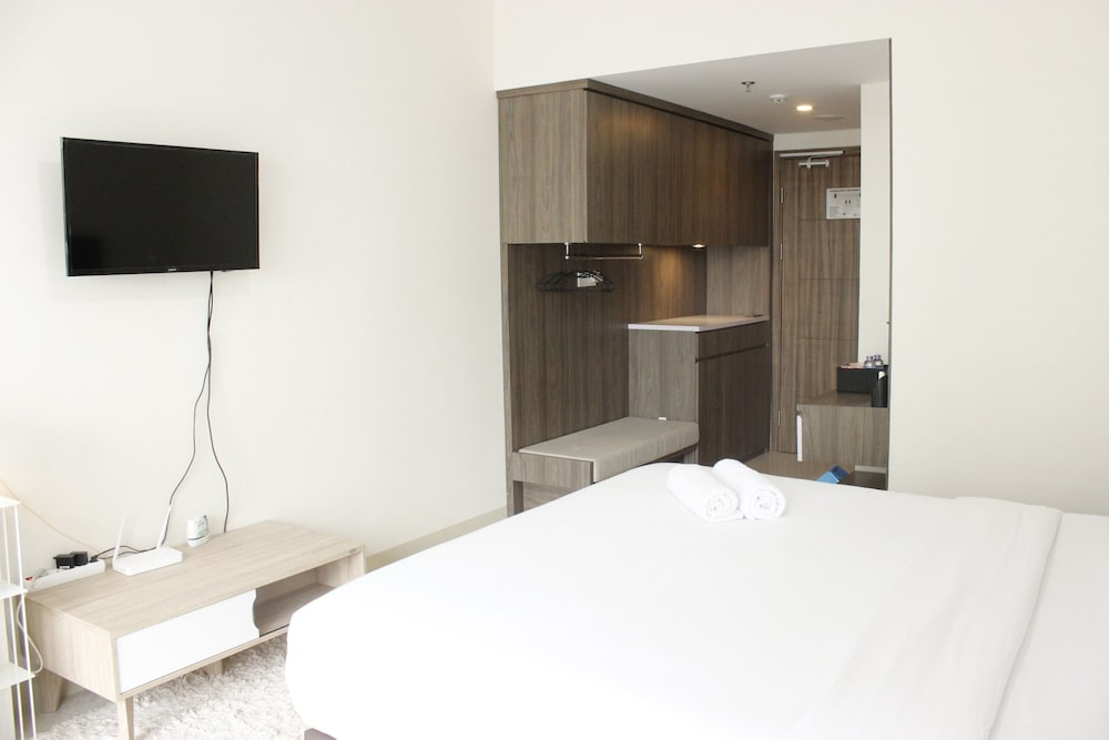 Modern Studio Apartment at Galeri Ciumbuleuit 3 in Bandung ...