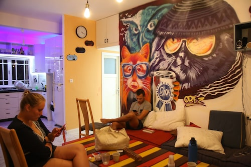 Amigos-Hostel Tel-Aviv Adults Only 18-49