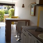 Studio in Saint-cyprien, With Wonderful sea View, Pool Access and Furnished Terrace - 500 m From the Beach