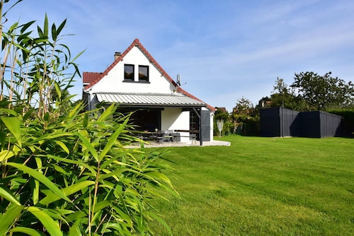 House With 4 Bedrooms in Villers-sur-authie, With Enclosed Garden and Wifi - 8 km From the Beach