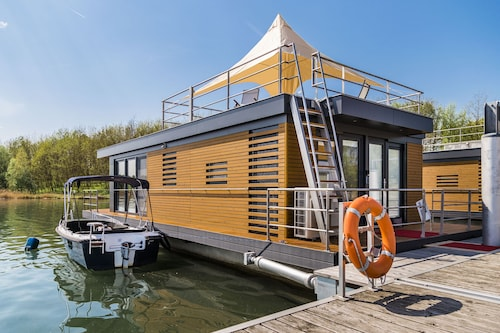 Floating Holiday Home on the Lake - Möwe2