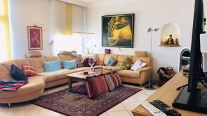 TV, DVD player