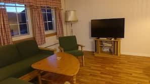 Cots/infant beds, free WiFi, wheelchair access