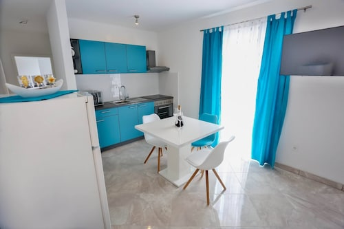 Apartments Lenka - One Bedroom Apartment with Balcony and garden View A1
