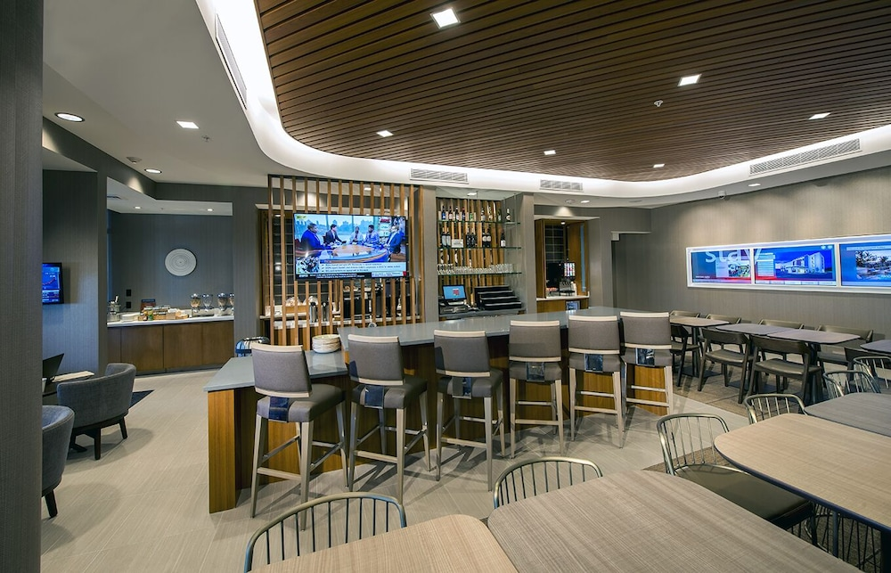 Bar, SpringHill Suites by Marriott Fort Myers Estero