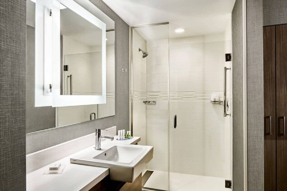 Bathroom, SpringHill Suites by Marriott Fort Myers Estero