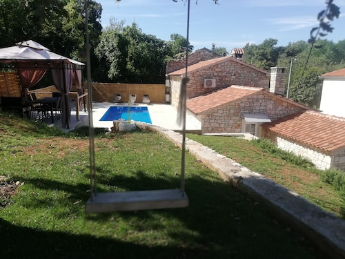 Tailor`s House, old Istrian House,private Pool,peace and Relax