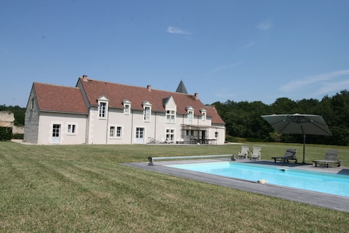 Beautiful House, Near Beauval, Pool, Tennis, Quiet, Property 700 Ha