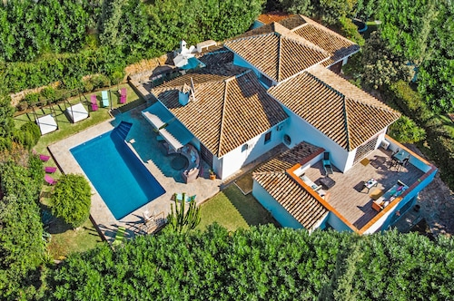 BIG Villa 34121390 With 10 Bedrooms EL Rosario Marbella, Private Pool FOR Holiday Rentals