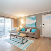Entire Modern, Comfortable, Beach Condo Sleeps 6