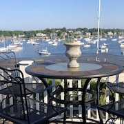 Harbor View Suite A Beautiful Spot on the Harbor in Historic Old Town Marblehead