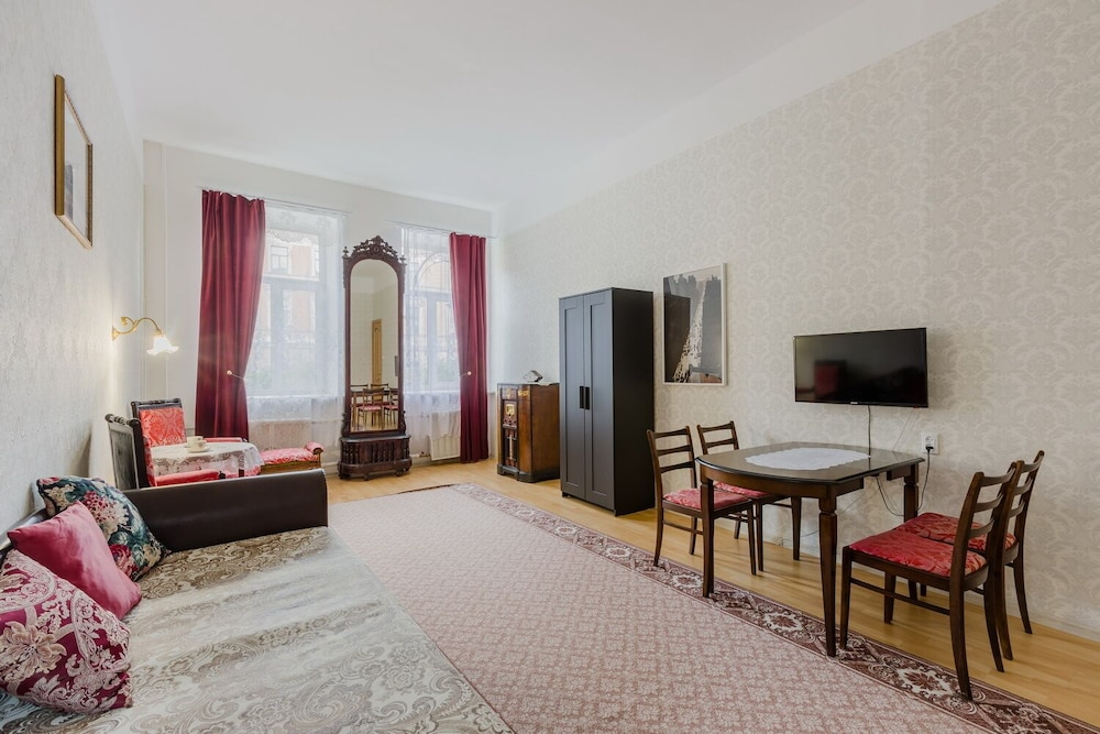 Featured Image, Turgenev Apartment Near Hermitage