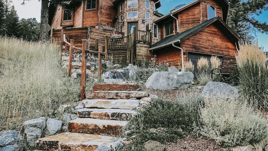 Juniper Mountain House
