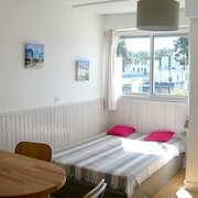 Studio in Les Mathes, With Furnished Balcony