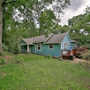 Wauhatchie Blue House - Pool, Spa, at the Foot of Lookout Mtn. Near Downtown