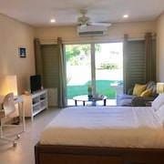 Newly Renovated Studio, Rockley Resort, 25% off Golf