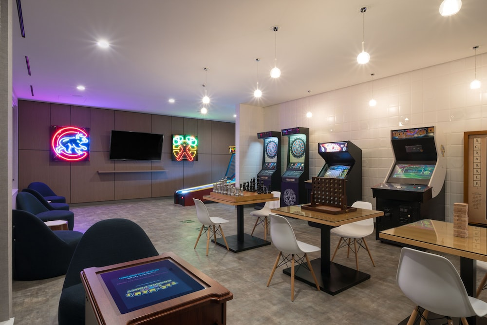 Game Room, LEVEL Chicago – Old Town