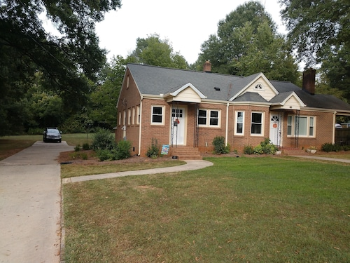 New Listing - Completely Renovated Home With new Furnishings