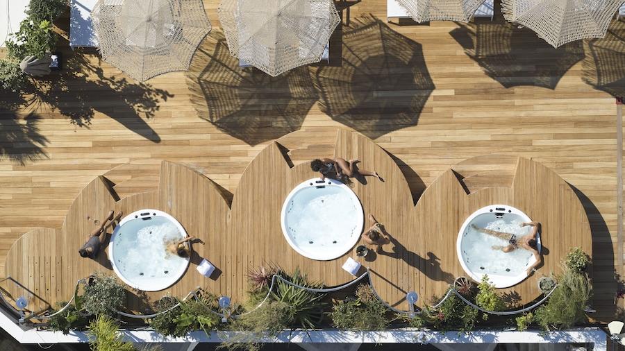 Brown Acropol a member of Brown Hotels