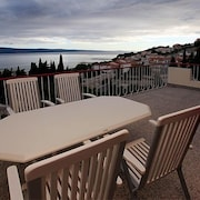 Apartment in Duće With Seaview, Terrace, Air Condition, Wifi