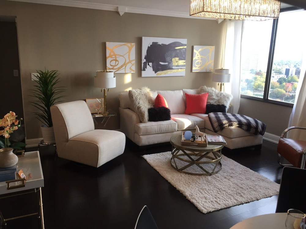 Featured Image, Furnished Downtown Penthouse Condo- ONE FINE STAY