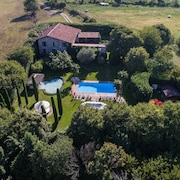Beautiful Country Estate With Large Garden, Private Pool, AC, 6 Bedrooms, Beside Golf Course