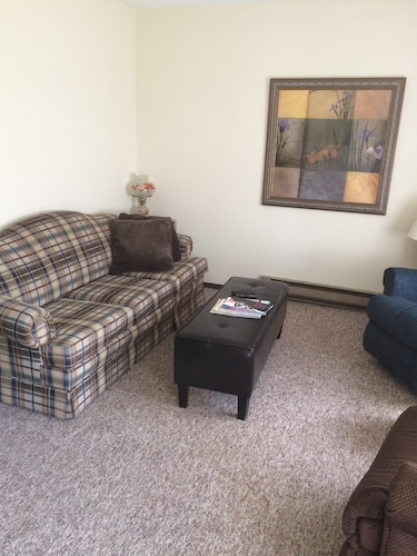 Living Room, Cozy Stay at Economical Prices!