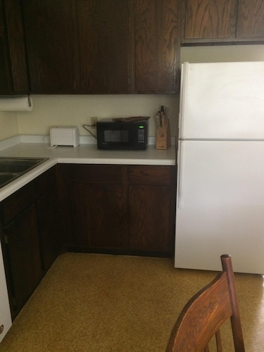 Private Kitchen, Cozy Stay at Economical Prices!