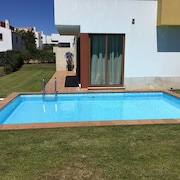 Spacious Modern Villa, Own Private Pool. Wi Fi. Golf And Beaches 5 Min