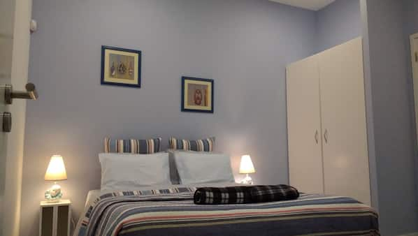 1 bedroom, iron/ironing board, cots/infant beds, WiFi