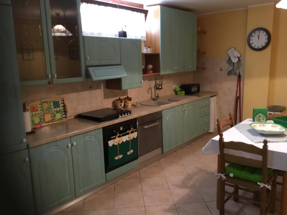 Private Kitchen, House in the Countryside Near Cerveteri