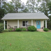 Cottage Cottage-2 Bedroom, 1 Bath
