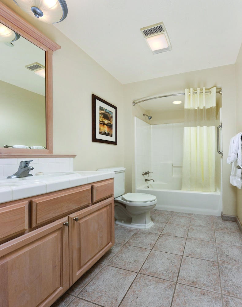 Bathroom, Beautiful Resort in the Heart of it All!
