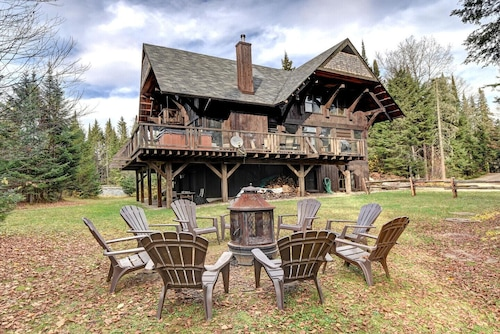 Authentic Log Home #053